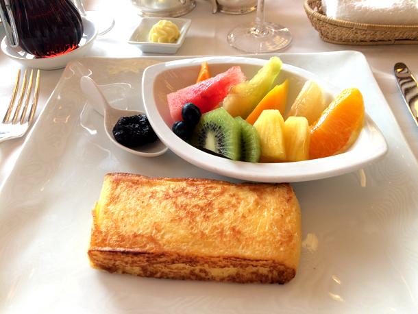 オーキッドルームのフレンチトースト