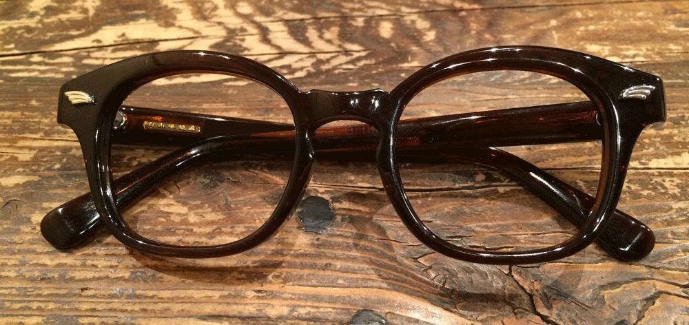 白山眼鏡 WEEPS