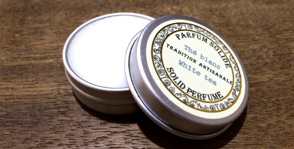 サンタールエボーテ | 香るサラリーマンの必携アイテム「練り香水」