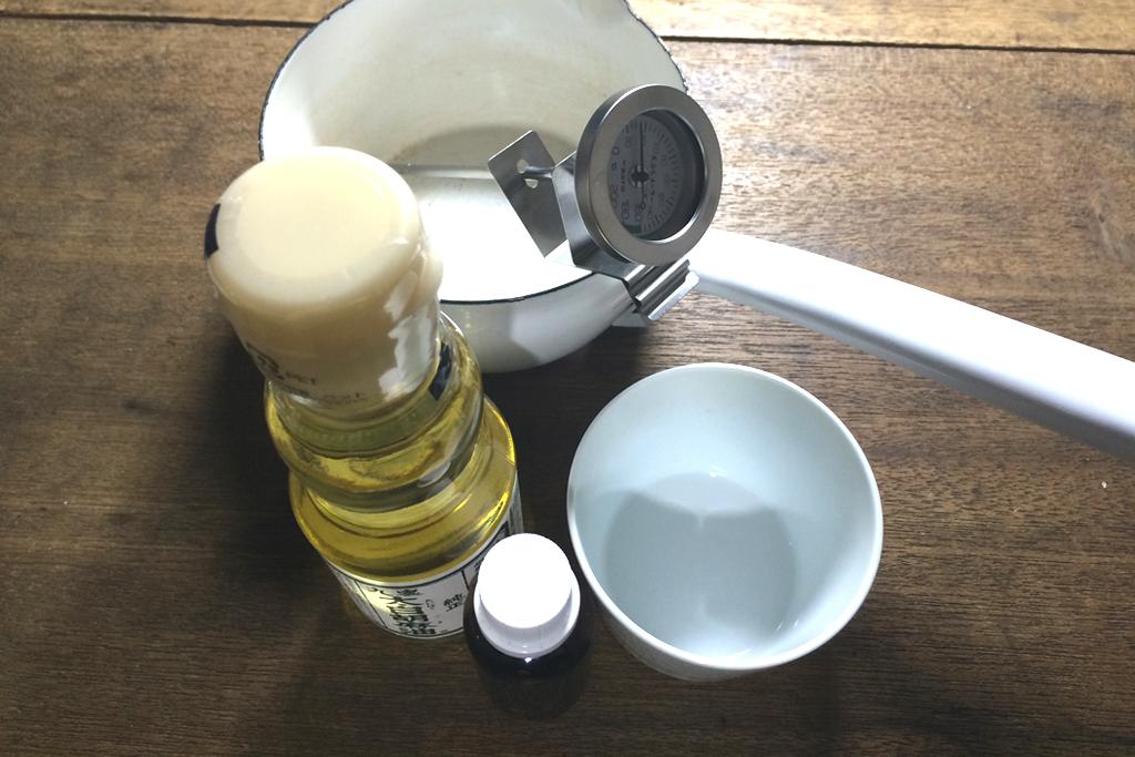 白ごま油でアーユルヴェーダ道具